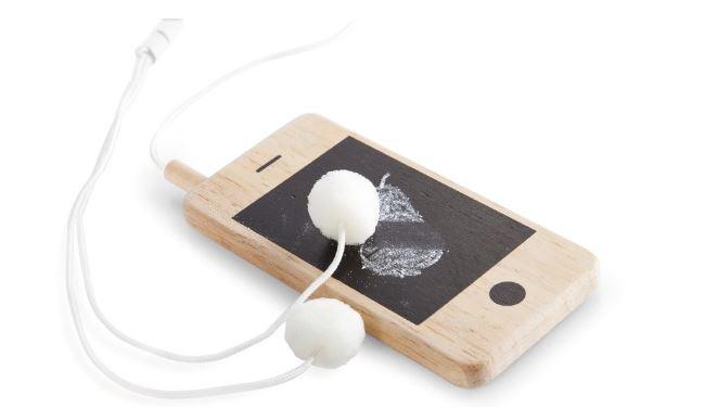 i-Woody 木製スマートフォン